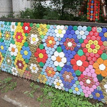 Concurs de desene pe asfalt realizate din dopuri de Pet cu tematica (ex. Protectia mediului)